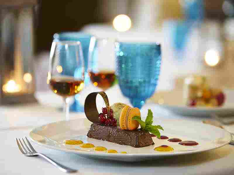 http://complexmagura.com/wp-content/uploads/2016/03/restaurant-offer-03.jpg