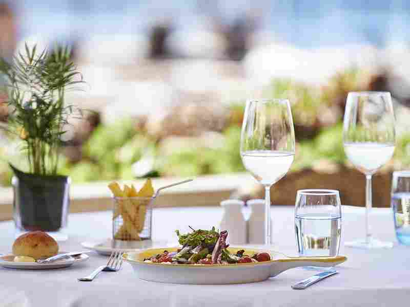http://complexmagura.com/wp-content/uploads/2016/03/restaurant-offer-04.jpg