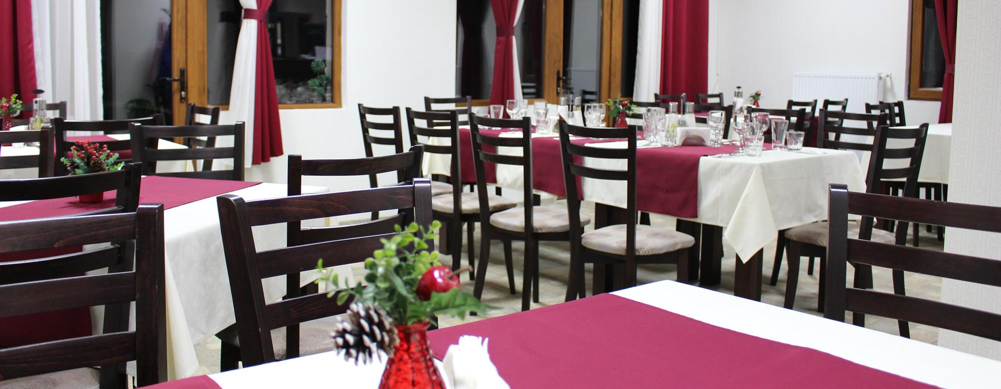 http://complexmagura.com/wp-content/uploads/2016/03/restaurant3.jpg