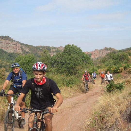 http://complexmagura.com/wp-content/uploads/2016/11/bike3-540x540.jpg